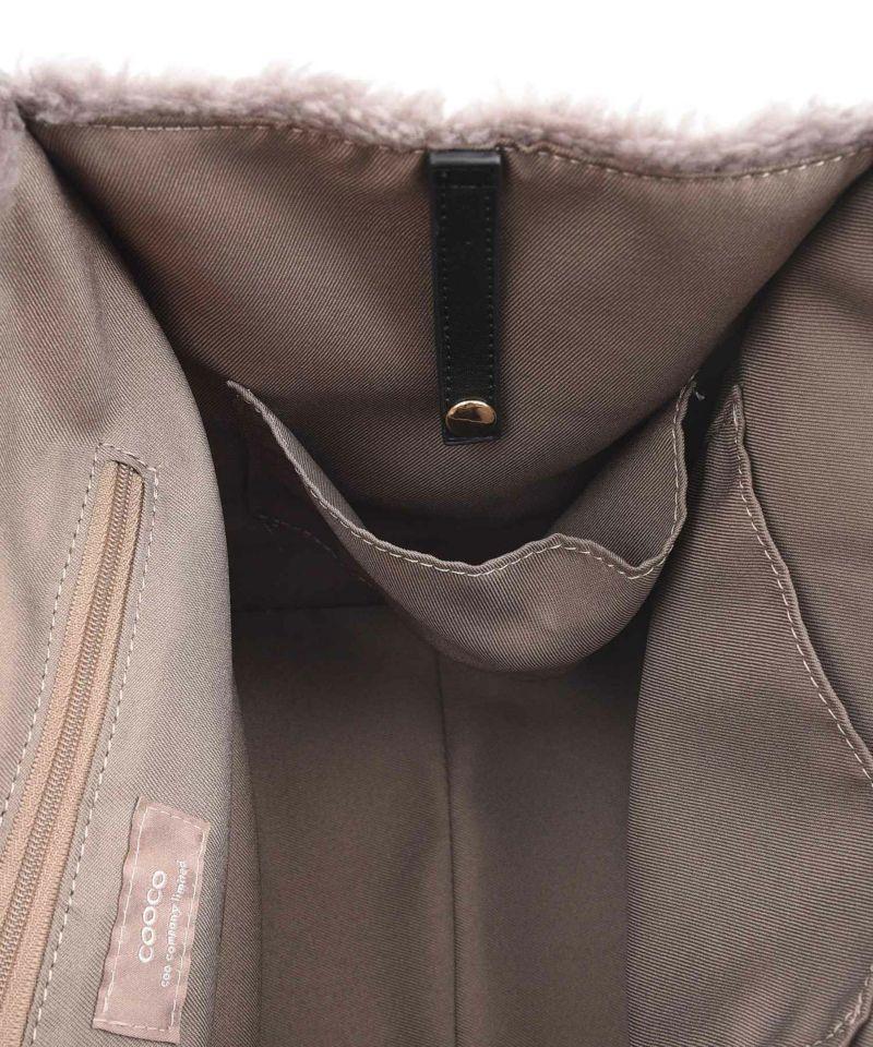 ペットボトル・折畳み傘のホルダー付き